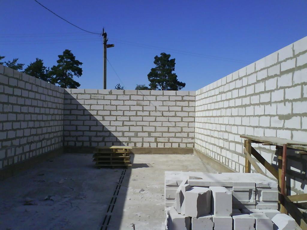 Строительство комнаты из пеноблоков своими руками 5